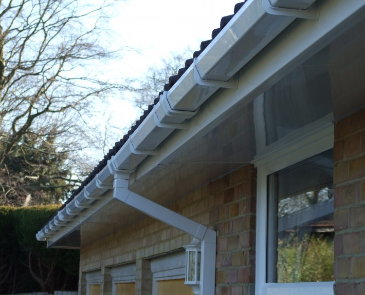 Square Poly Pipe Gutter and Downpipe