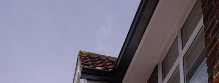 Seamless Aluminium Guttering Roofline View